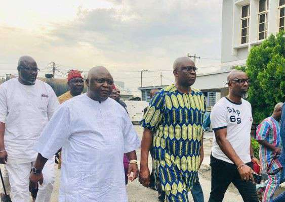 After Two Weeks In Detention, Fayose Regains Freedom From EFCC Custody (Photo)