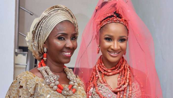 Adesua Etomi Celebrates Her Mother, Eniiwaju Etomi On Her 60th Birthday