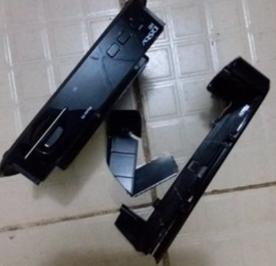 Nigerian Man Destroys His DSTV Decoder In Protest Of Xenophobia In South Africa Photo)