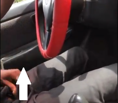 CRAZY: Taxi Driver Brings Out His Male Member And Starts M*sturb*ting While Driving Female Passenger (video) 18+