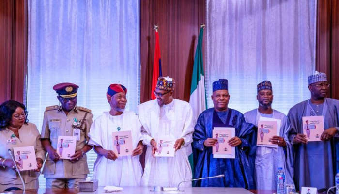 Buhari Presents Nigeria's 2020 Visa Policy (photos)