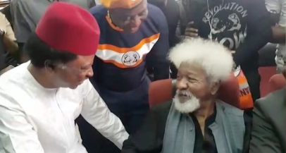 Soyinka, Shehu Sani In Court For Continuation Of Sowore's Trial (photos)