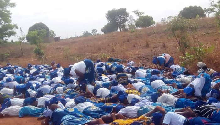 Group Of Church Women Spotted Lying On The Road In Benue, Praying Against Coronavirus (photos)