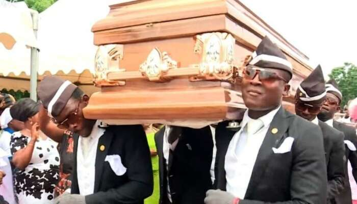 WHAT! Woman Buys Coffin For Husband In Anambra As Father's Day Gift